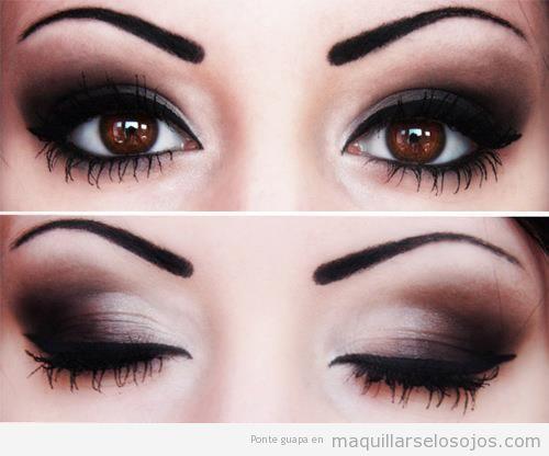maquillaje para ojos en negro